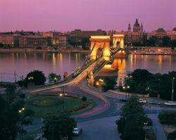Budapest est le centre du tourisme de santé.