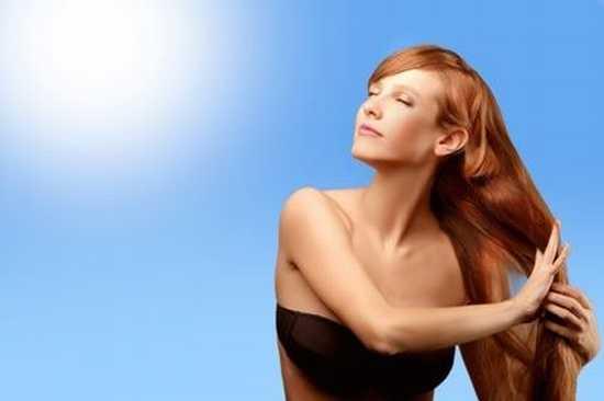 Les effets du soleil sur nos cheveux en été.