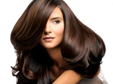 Avoir de beau cheveux – c'est le rêve de beaucoup de monde.