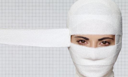 Chirurgie esthétique pour femmes.