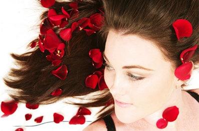 Le traitement des cheveu par les vitamines dans les ampoules в1 в12 в6