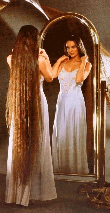 Les cheveux extremement longs sont trés lourds.