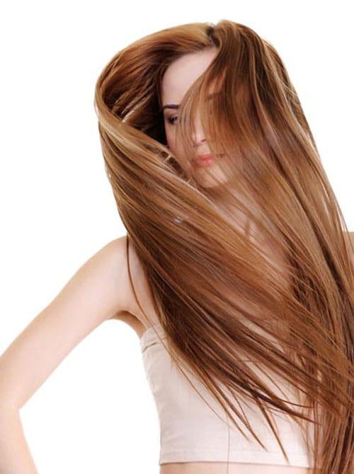 Il faut bien soigner les cheveux longs pour qu'ils soient jolis.