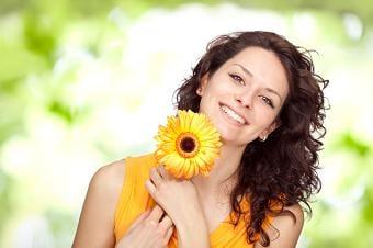 Les effets positifs de la greffe de cheveux. image