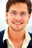 Les implants de cheveux résolvent les problemes capillaires des hommes.