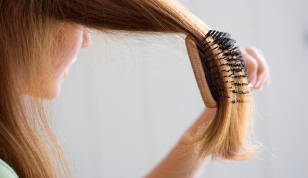 Implant de cheveux pour une femme ? Oui, mais adressez-vous á un médecin !