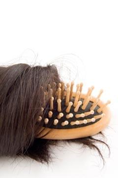 Vous etes une femme et vous souffrez de la perte de cheveux ?